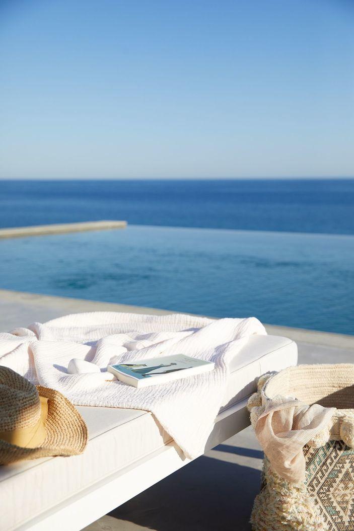 Milos Breeze Boutique Hotel| 4* Hotel in Pollonia, Milos, Greece
